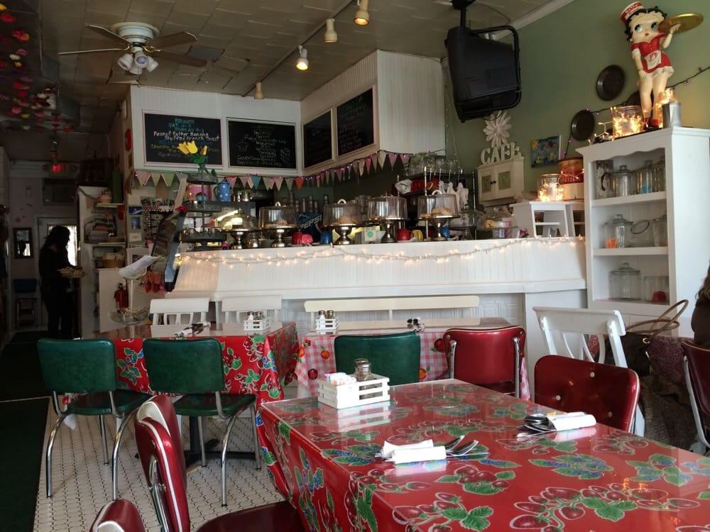 Lulu's Cafe - West Nyack, NY, United States. Incredibly cute decor!