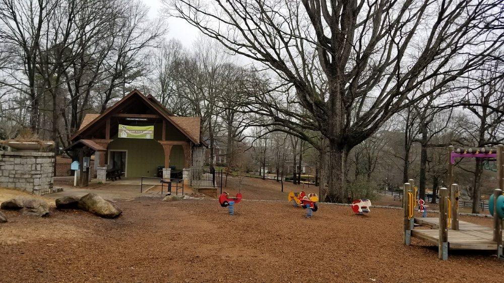 Chastain Park: 4001 Powers Ferry Rd, Atlanta, GA