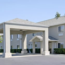 Photo Of Super 8 By Wyndham Mchenry Il United States