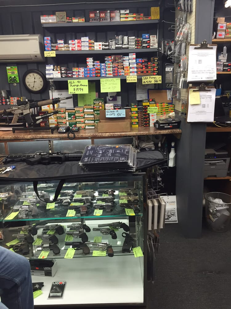 J&S Guns & Ammo: 195B Perry Hill Rd, Acushnet, MA