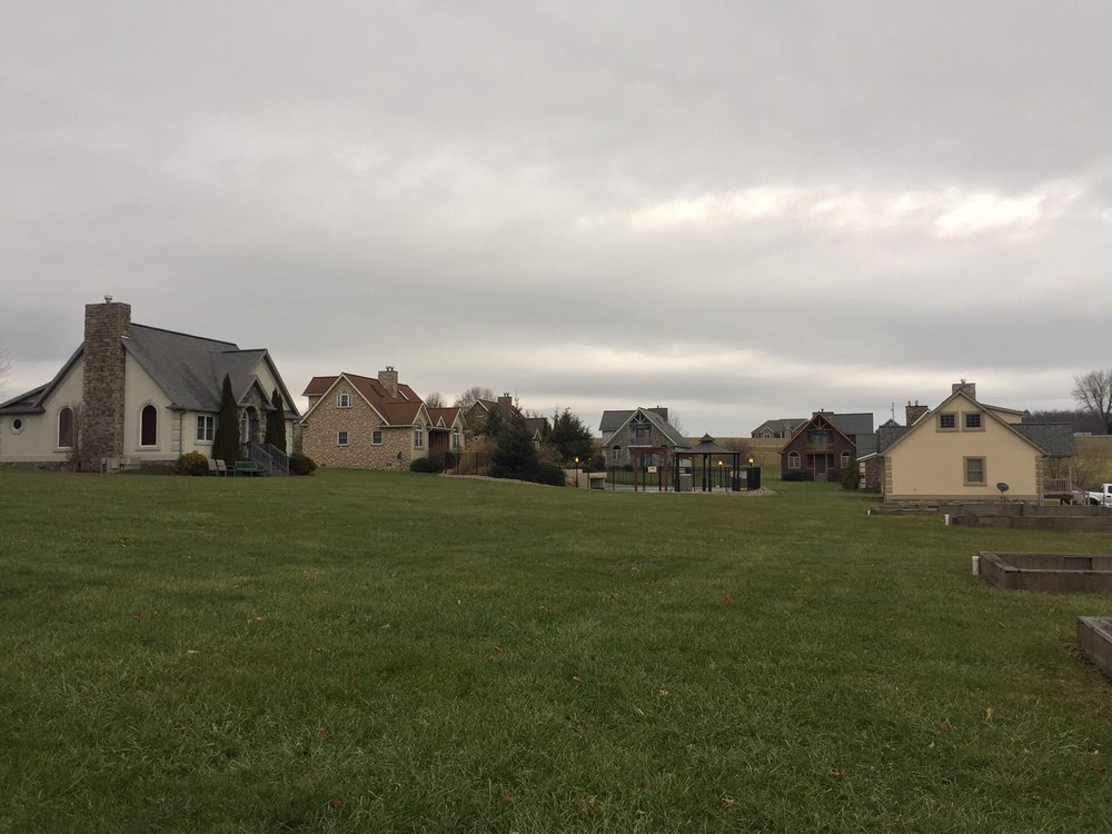 Premier Carriage House Cottages: 6291 County Rd, Millersburg, OH