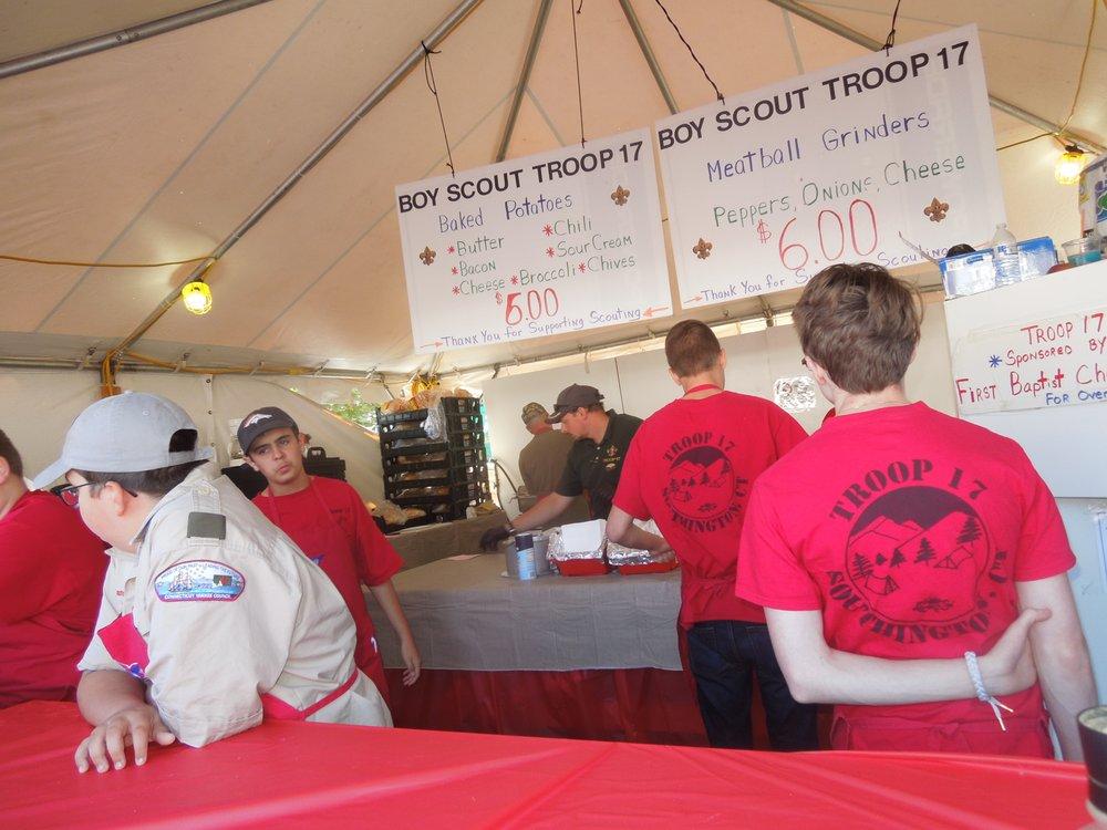 Apple Harvest Festival: 75 Main St, Southington, CT