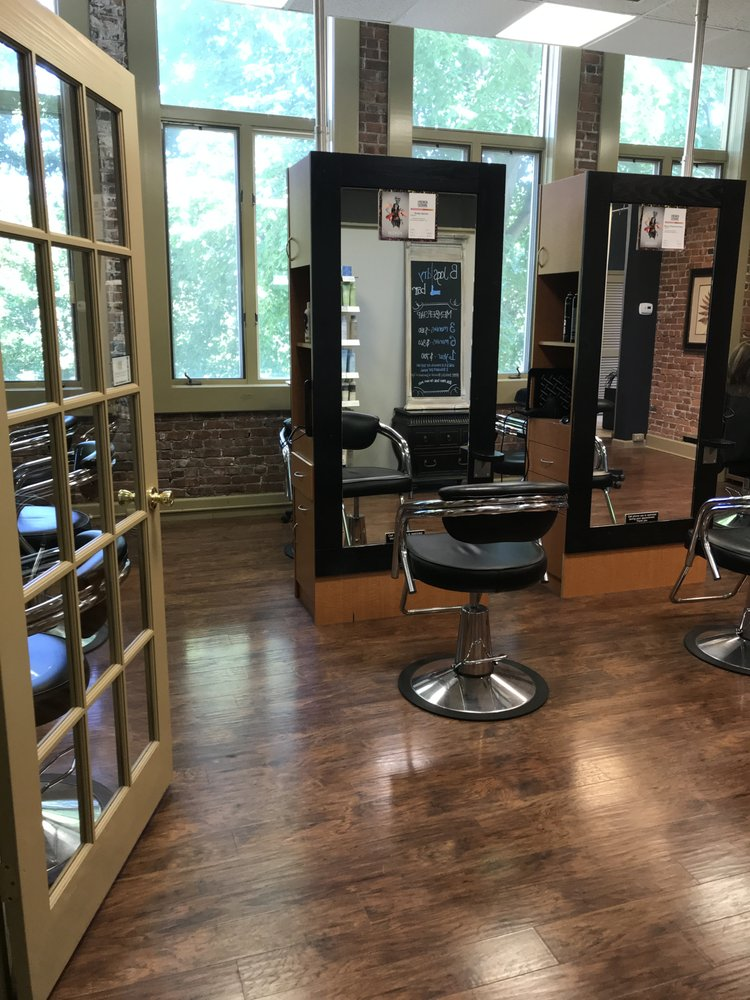 B Jags Salon