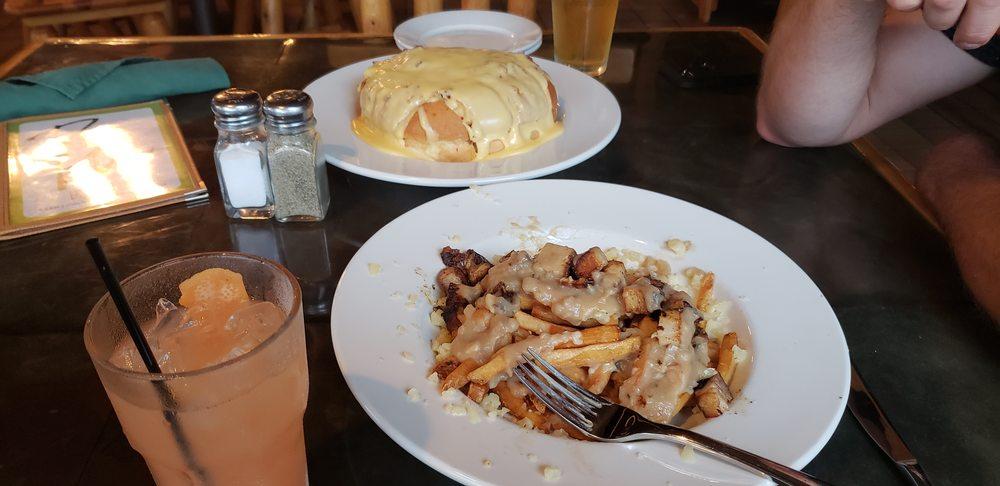 Rockwood Bar & Grill: 302 E Sheridan St, Ely, MN