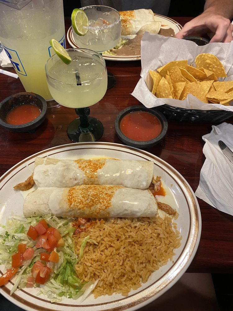 Cancun Mexican Restaurant & Grill: 1350 Crestview Rd, Easley, SC