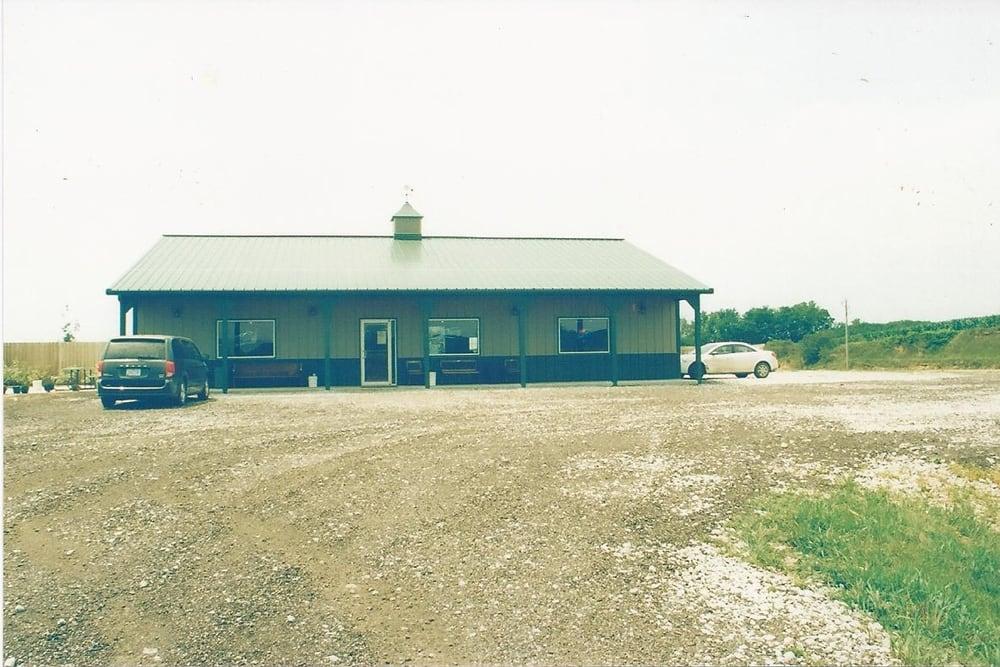 Divide Hill Roadhouse: 15298 Hwy L20, Castana, IA