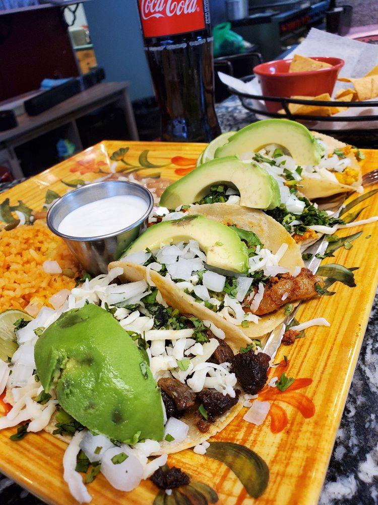 La Fiesta Mexican Restaurant: 99 N Walworth Ave, Williams Bay, WI