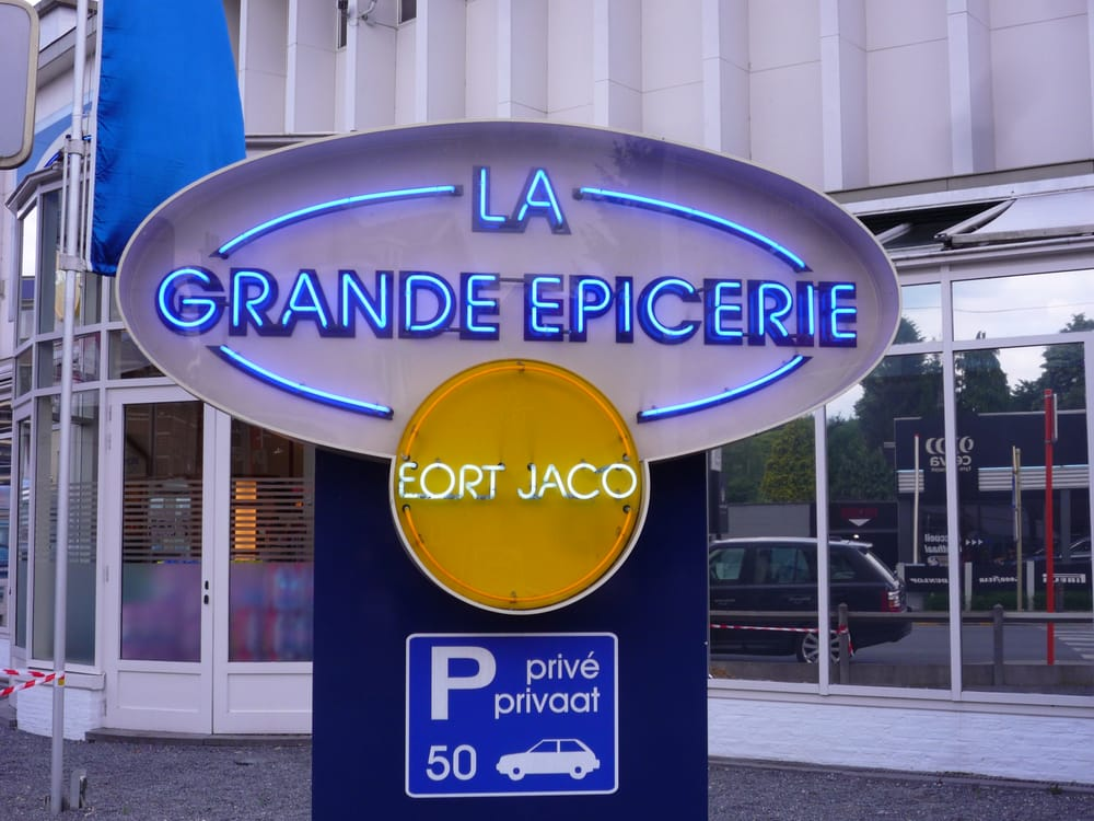 La grande epicerie butikscentre chauss e de waterloo - Garage chaussee de bruxelles dampremy ...