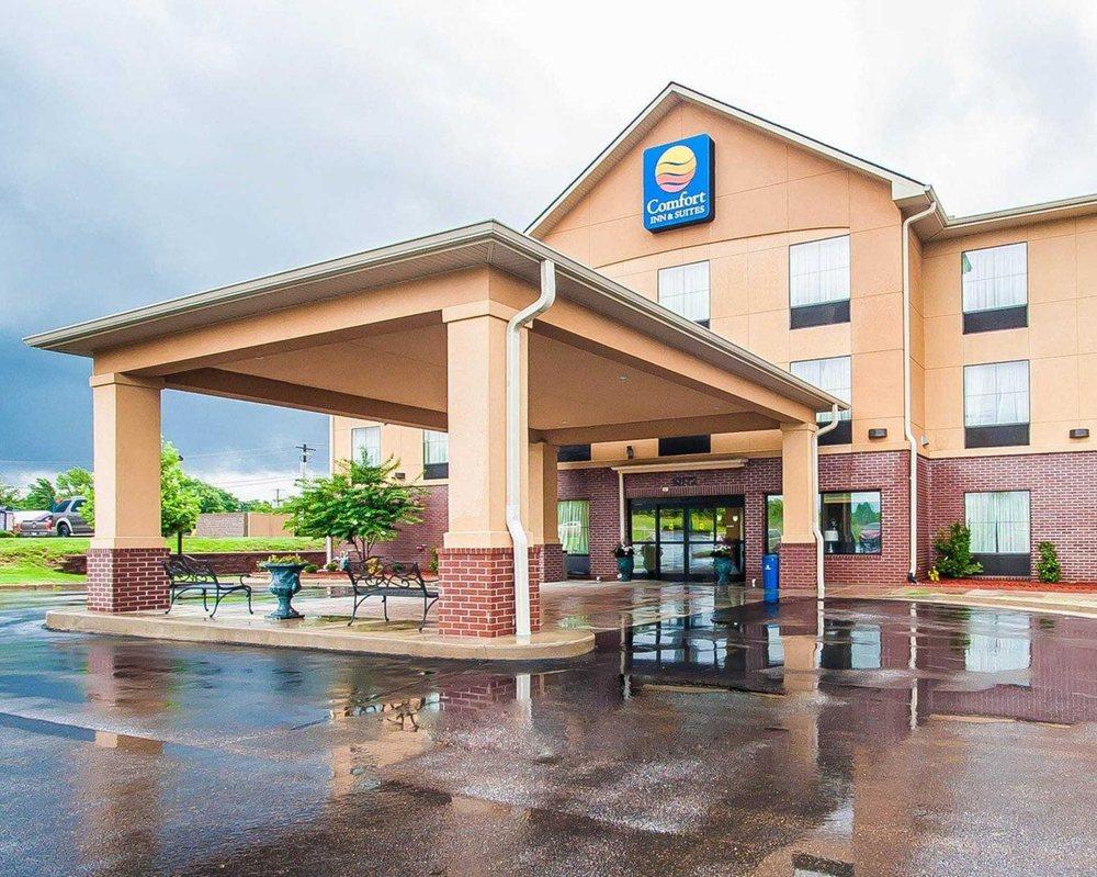Comfort Inn & Suites Atoka-Millington: 10772 Hwy 51 S, Atoka, TN