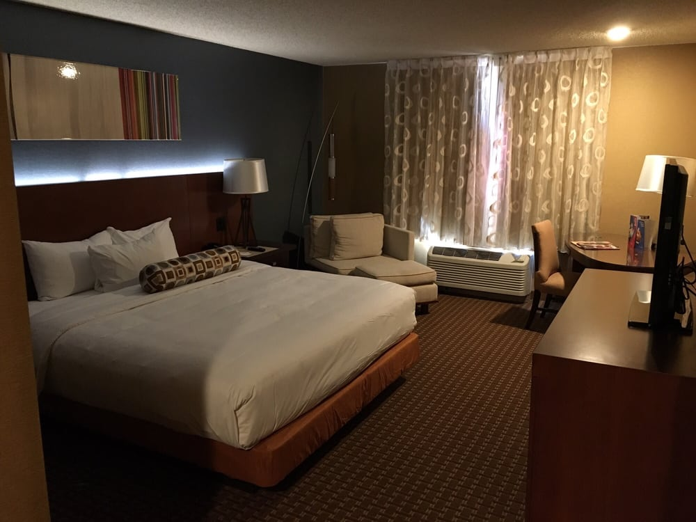 Excalibur Hotel Tower Room New rooms. King...