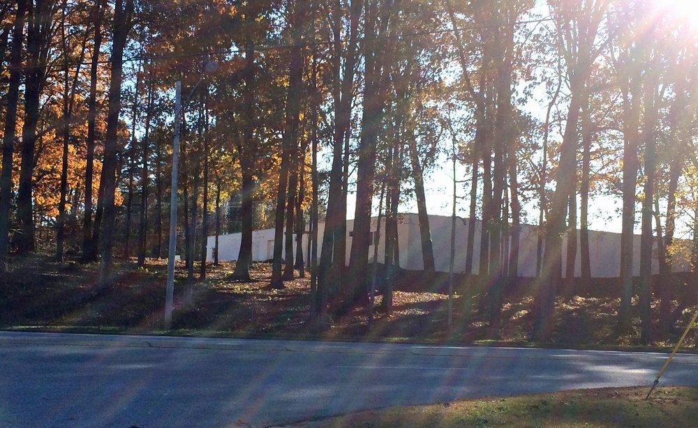 Twin Deer Antique Mall & Design: 1100 Surrett Dr, High Point, NC