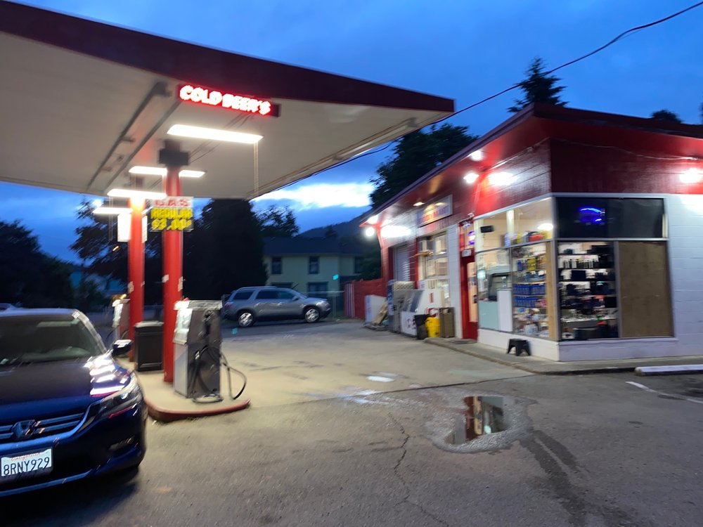 J & L Automotive and Gas: 107 Sether Ave, Glendale, OR