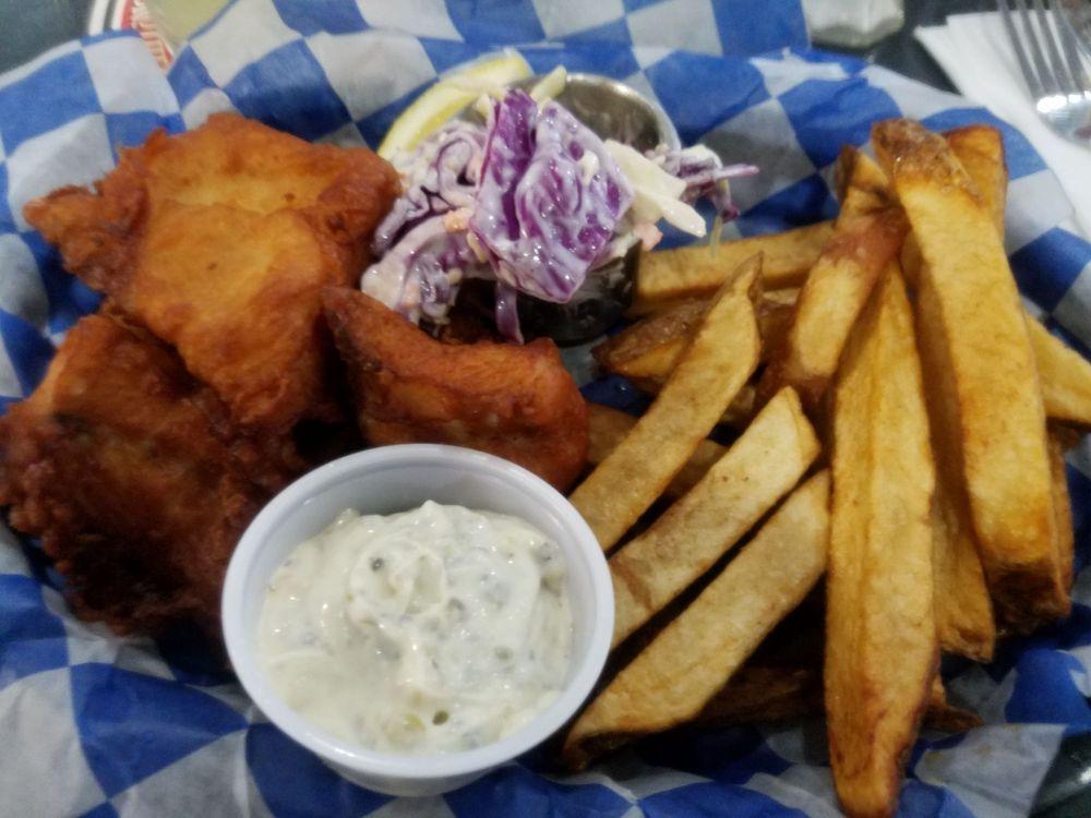 Beluga Lake Lodge Bar & Grill: 204 Ocean Drive Lp, Homer, AK