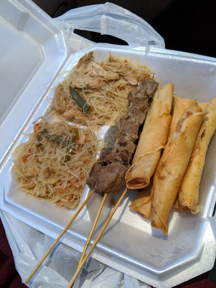 Masarap Filipino Street Food: 1675 Georgesville Square Dr, Columbus, OH