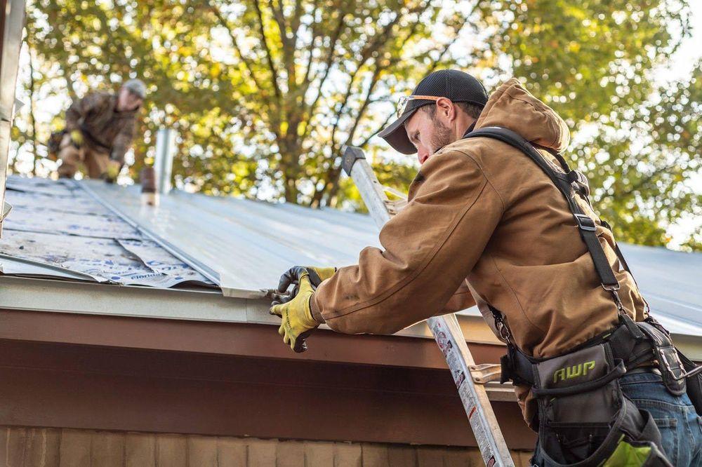 Summit Roofing & Restoration: 10456 Hwy 51 S, Atoka, TN