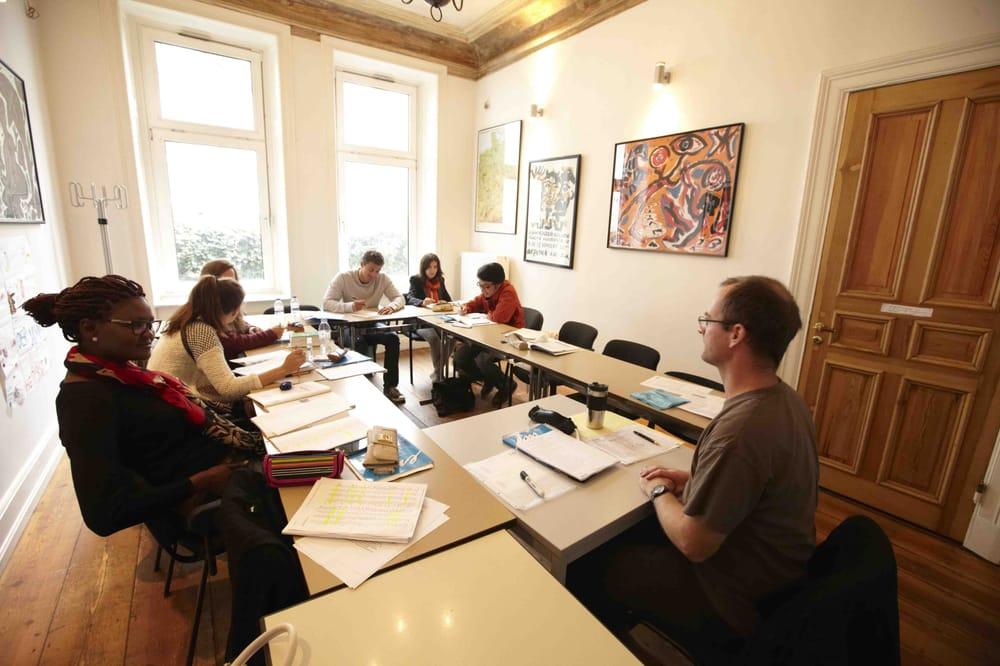 Colón Language Center - 48 fotos y 19 reseñas - Escuelas ... - photo#20