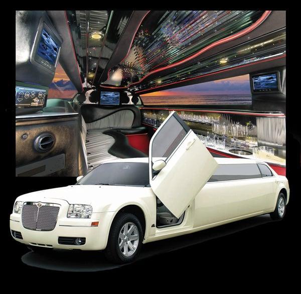 12 Passenger French Vanilla Chrysler 300 Limousine With