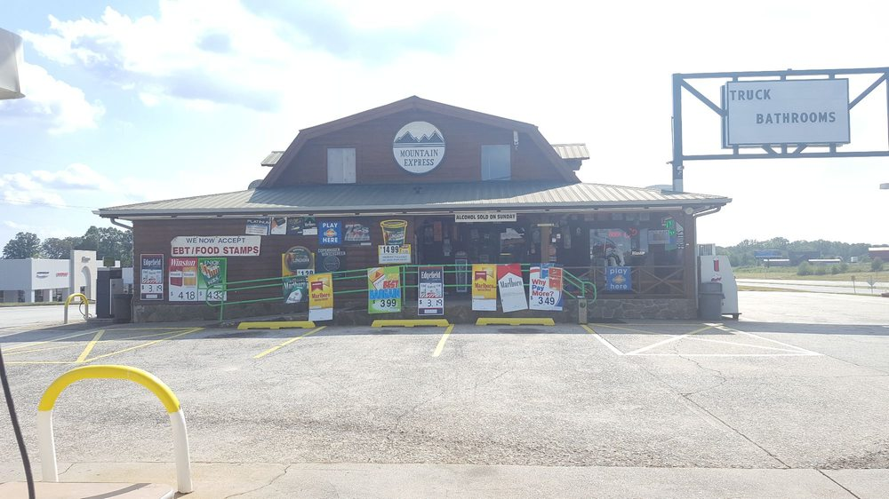 Bp Top Foodmart: 3834 State Highway 365, Cornelia, GA