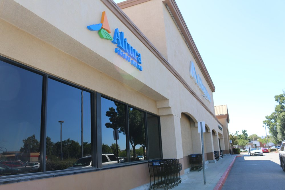 Altura Credit Union: 300 S Highland Springs Ave, Banning, CA