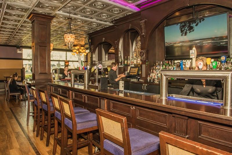 5West Brew Pub and Kitchen