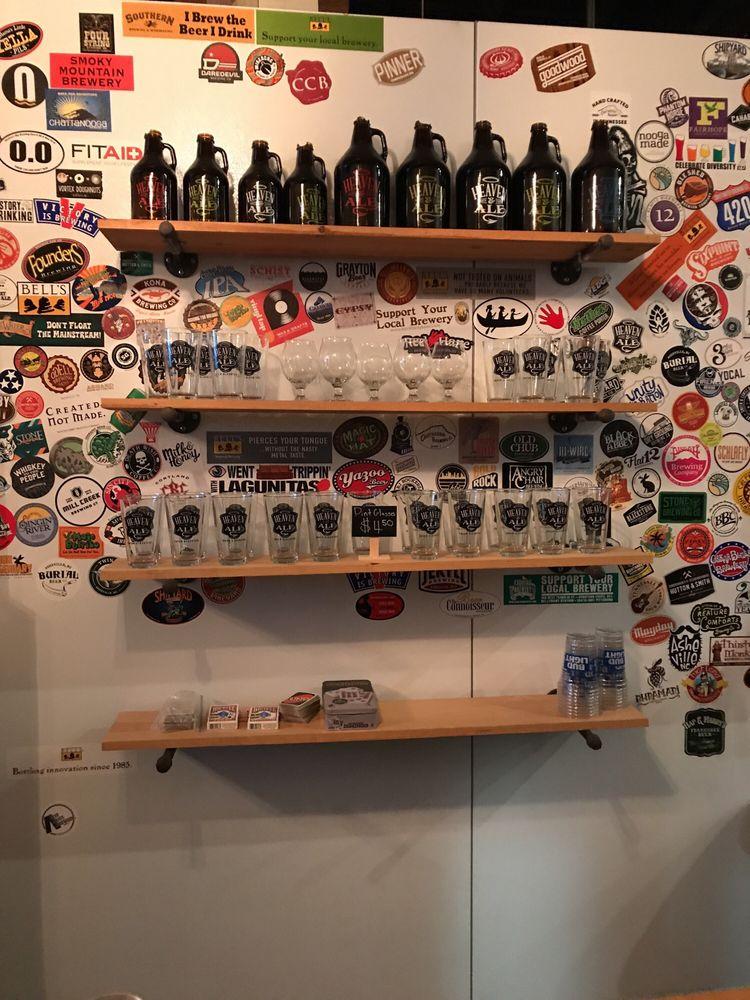 Hoptown Beer Bar: 9431 Bradmore Ln, Ooltewah, TN