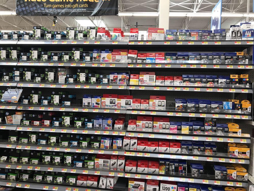 Walmart Supercenter: 1000 Graves St, Chillicothe, MO