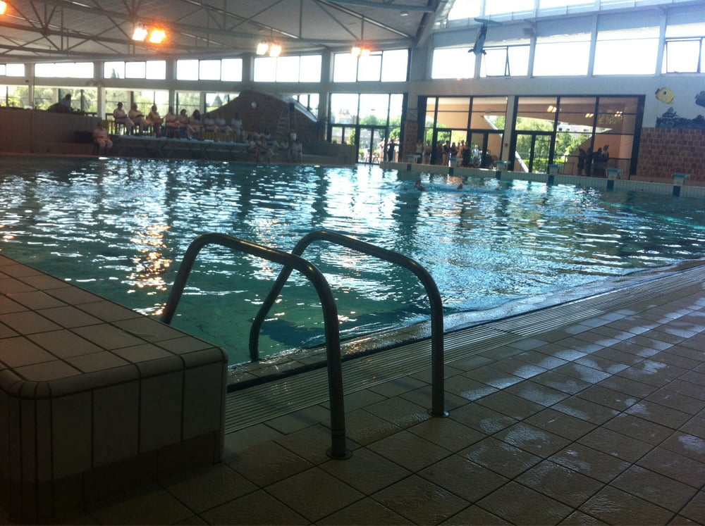 Le cente aquatique et les piscines sports clubs rue for Piscine 08000