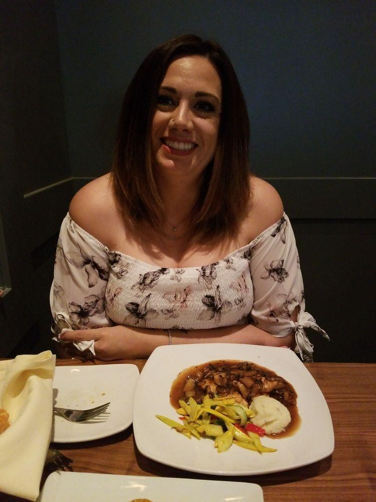 Va Bene Italian Restaurant - Martini & Wine Bar: 4647 E Chandler Blvd, Phoenix, AZ