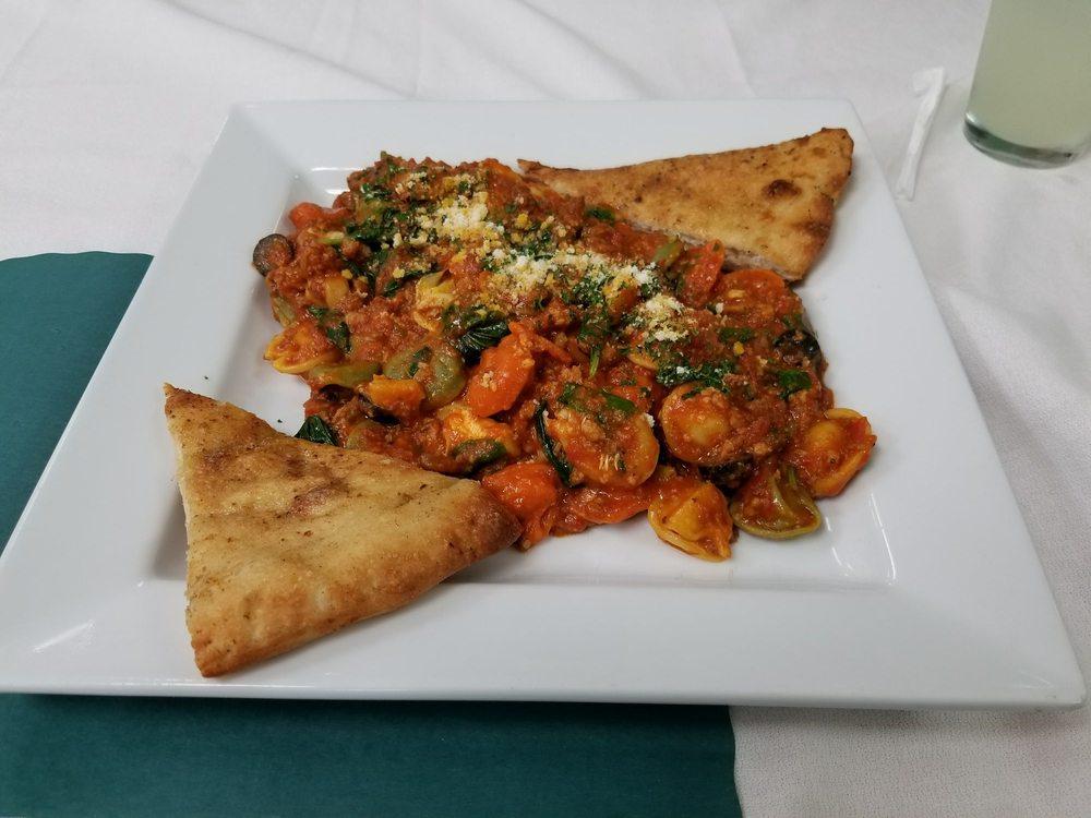 Nonna's Italian Restaurant: 1689 Kendall Dr, San Bernardino, CA