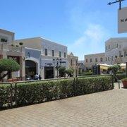 Sicilia Outlet Village - 11 Fotos - Outlet - Contrada Mandre Bianche ...