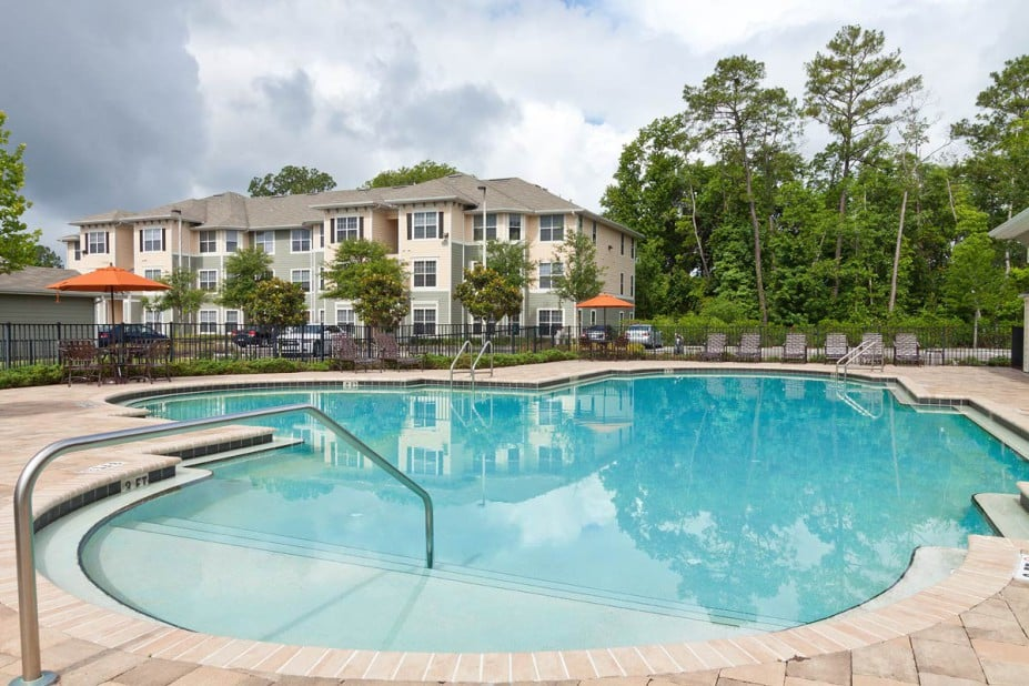 Photo of Cypress Pointe Apartments: Orange Park, FL