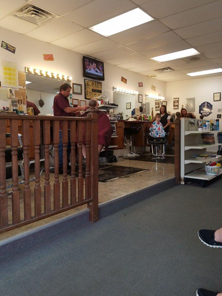 Taylor's Barber Shop: 101 S 3rd St, Ozark, AR