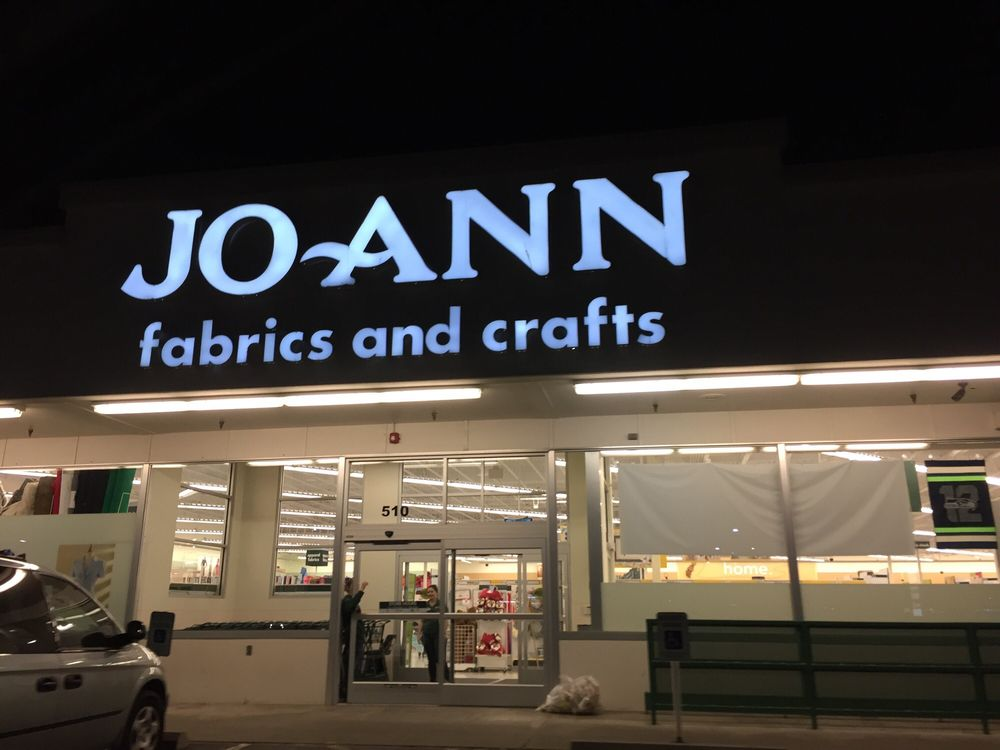 Jo ann fabrics crafts fabric stores 510 e college for Joann craft store near me