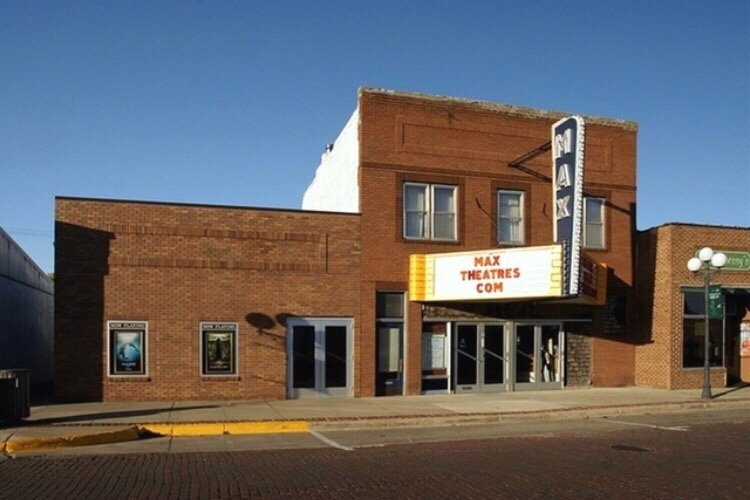 Max Theatres: 338 9th St W, Sibley, IA