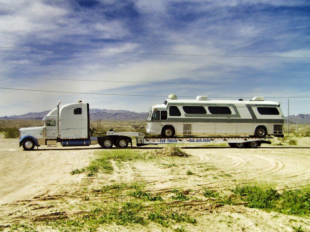 A Toe Truck: 500 S Hopi Ave, Parker, AZ