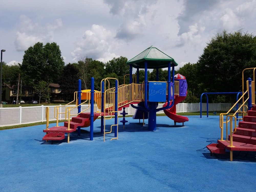 Fort Island / Griffiths Park: 461 Trunko Rd, Fairlawn, OH