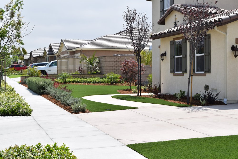 MoonCo Artificial Grass & Putting Greens - Celebrity Greens®: 679 E Easy St, Simi Valley, CA