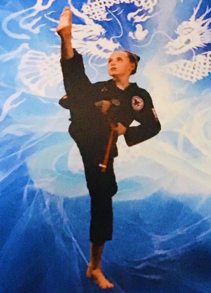 Park's Yong In Martial Arts: 101 Carson Dr, O'Fallon, IL