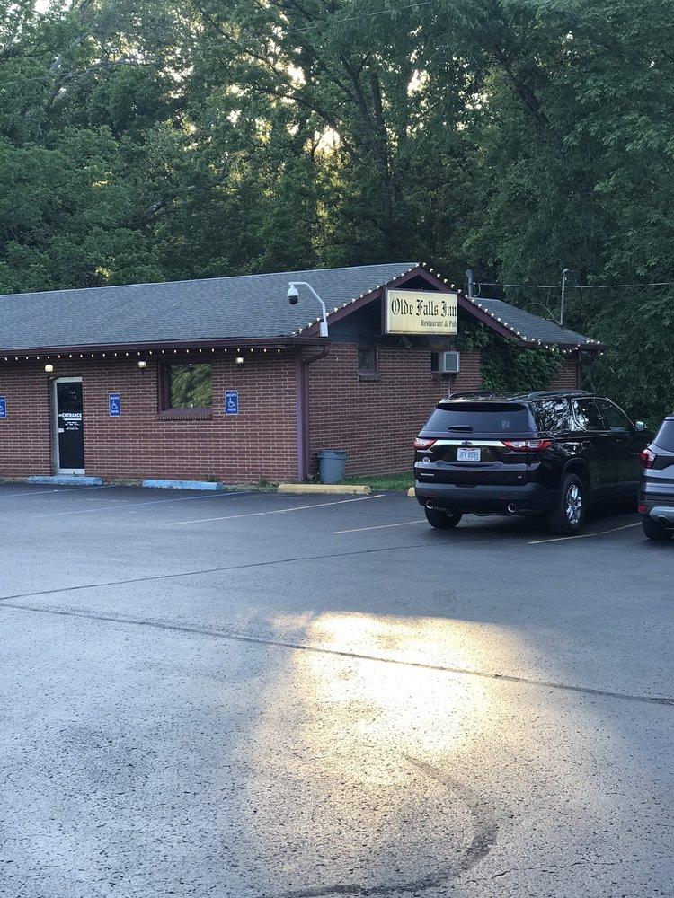 Olde Falls Inn: 3452 Newark Rd, Zanesville, OH