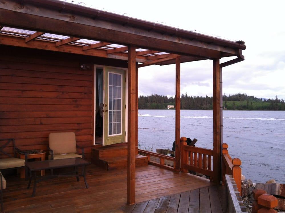 Buchareli Bay Lodge: 403 Beach Rd, Craig, AK