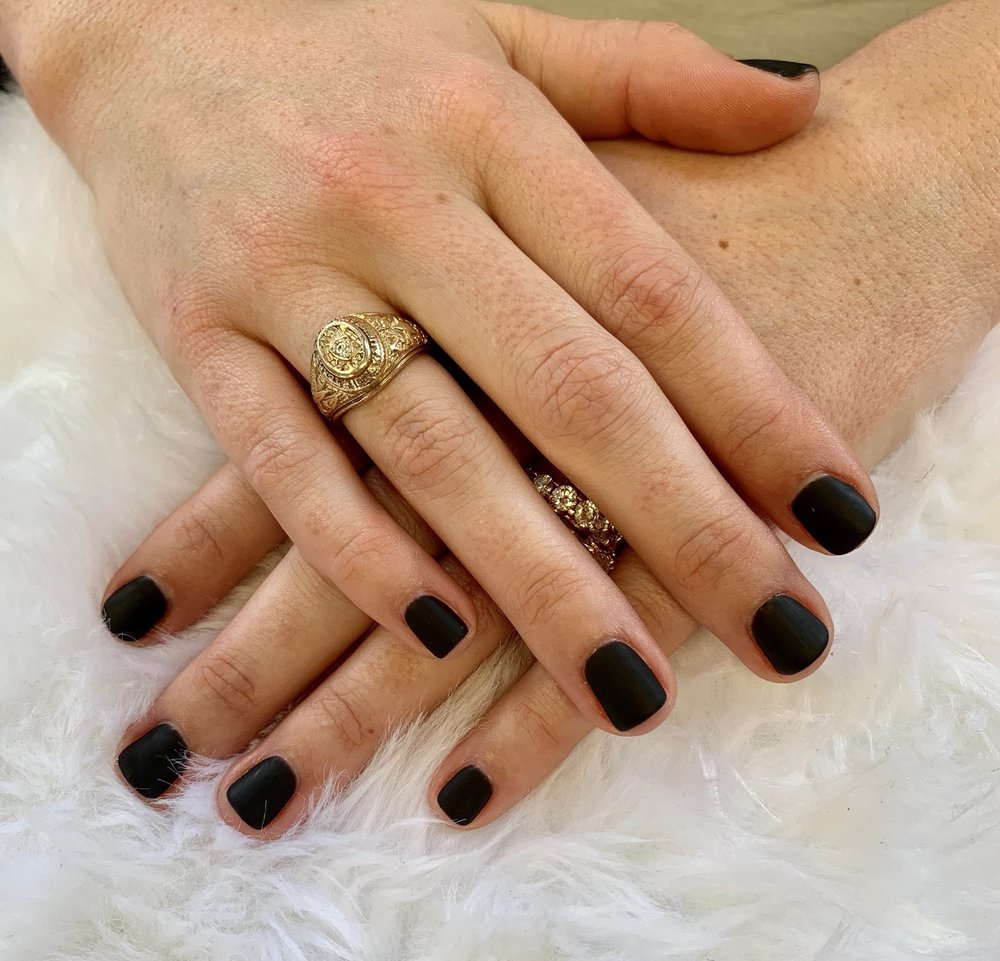 Signature Nails & Spa: 2035 Milam St, Columbus, TX