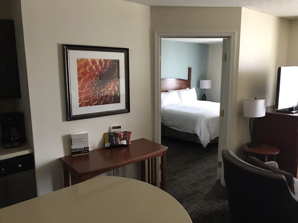 Staybridge Suites Fargo: 4300 20th Ave S, Fargo, ND