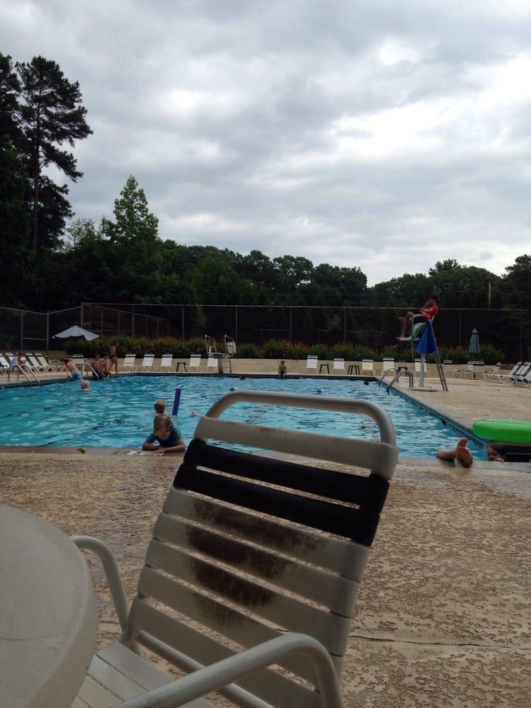 Kingswood Pool: 200 Oxford Ln, Fayetteville, GA