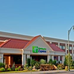 Photo Of Holiday Inn Express Lynbrook Rockville Centre Ny United States
