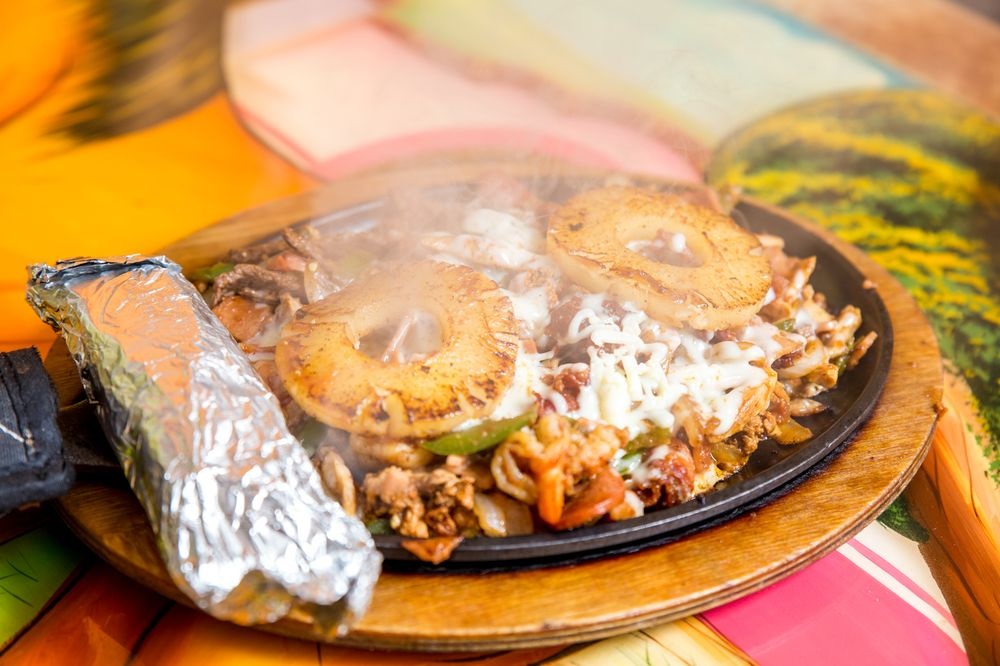 Tapatio Mexican Restaurant: 1111 Clifty Dr, Madison, IN