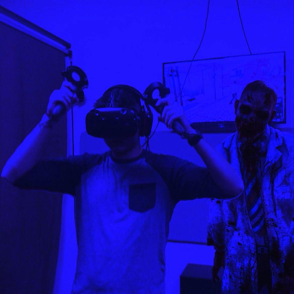 VR TERRITORY Virtual Reality Gaming Center: 17074 Devonshire St, Northridge, CA