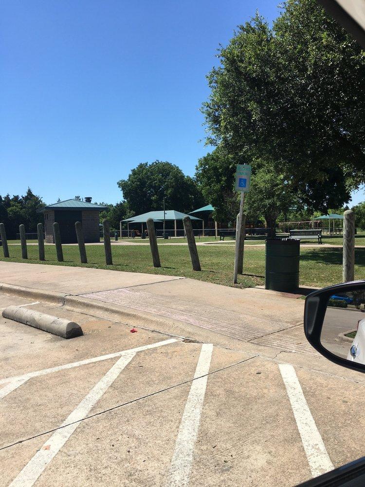 Roy Orr Trail Park: Desoto, TX
