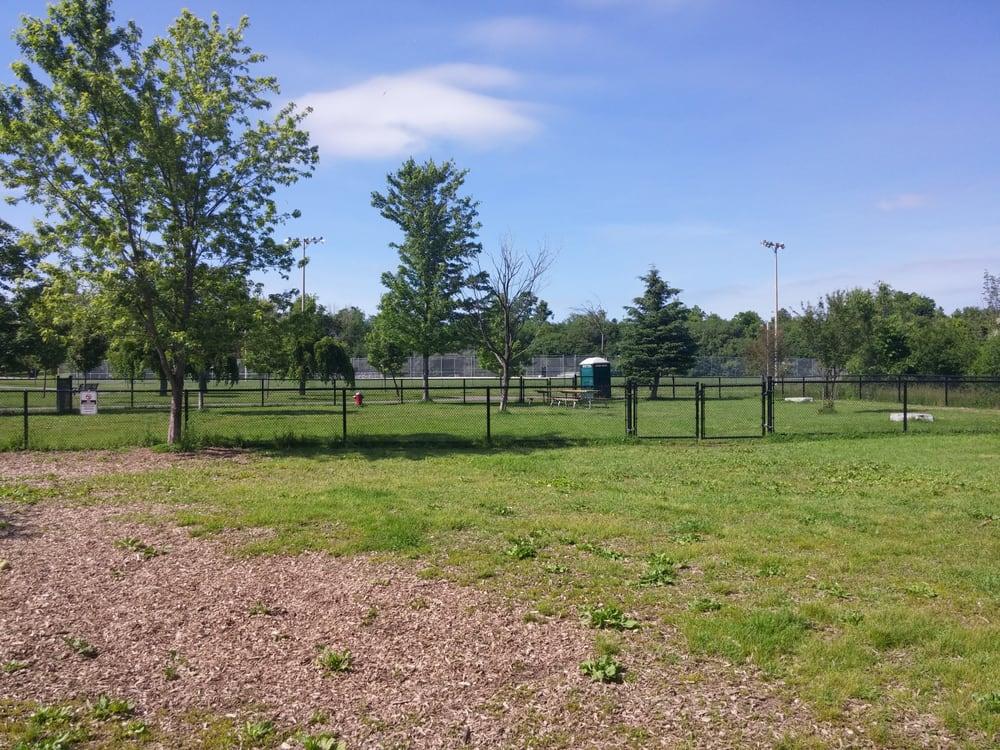 Leash Free Dog Park Brampton