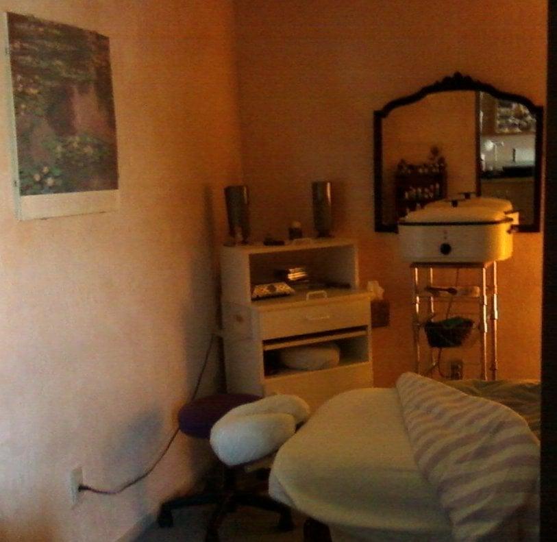 Healing Touch Therapeutic Bodywork & Skincare: 354 Duperu Dr, Crockett, CA