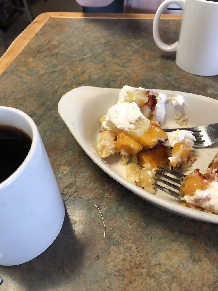Iron Horse Cafe & Pie Shop: 24 Main St, Three Forks, MT